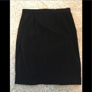 Black faux suede and velvet skirt